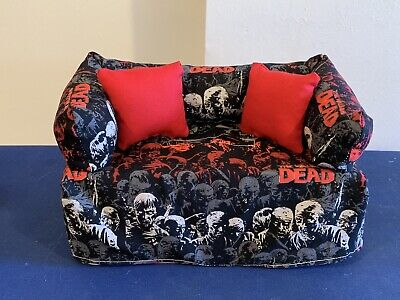 The Walking Dead Zombie Tissue Box Cover, Great For