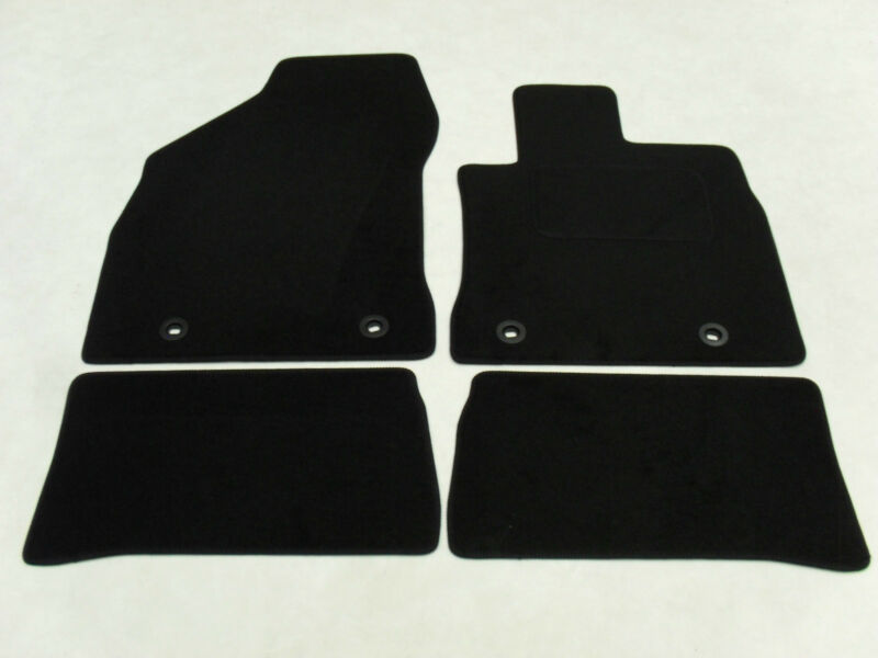 Lexus CT200H 2011-on Fully Tailored Deluxe Car Mats in Black