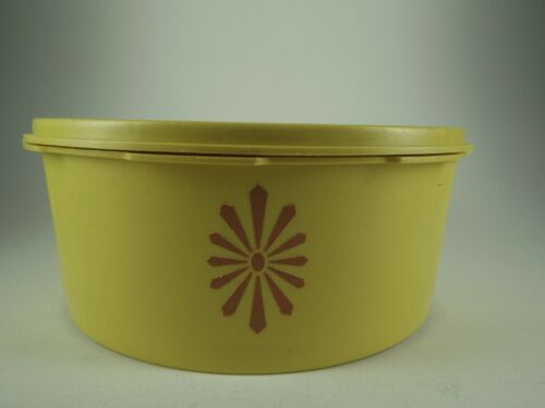 Vintage Yellow Tupperware Container with Lid, 1204 3,