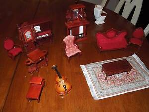 VINTAGE DOLL HOUSE FURNITURE, FULL SET, LOVELY QUALITY Gosnells Gosnells Area Preview
