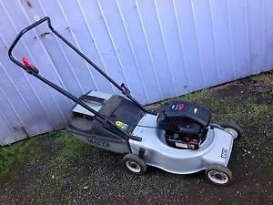 Victa Quattro 4 stroke mower and catcher. Just serviced+Warranty Sunshine North Brimbank Area Preview