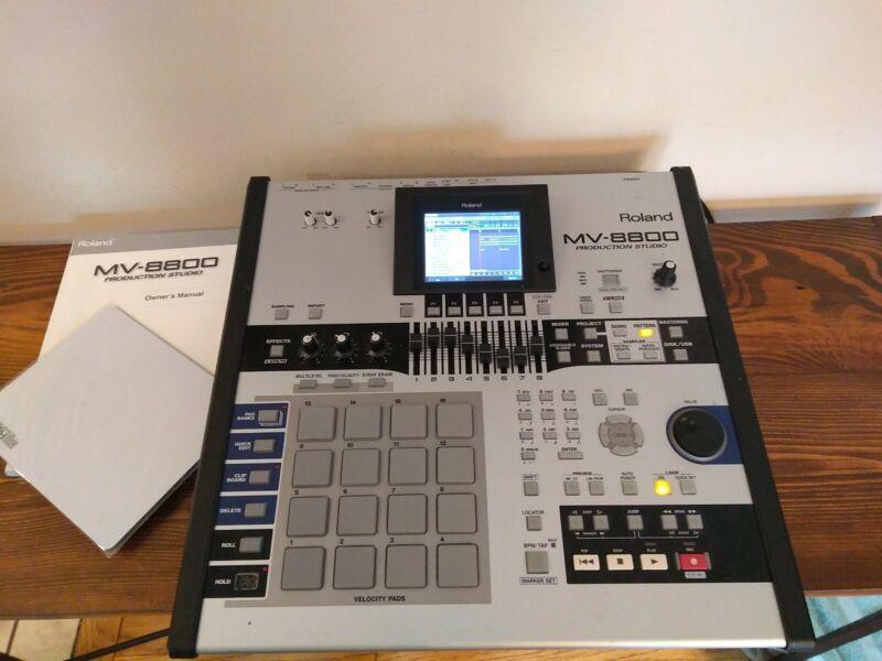 Roland MV-8800 Professional Production Studio