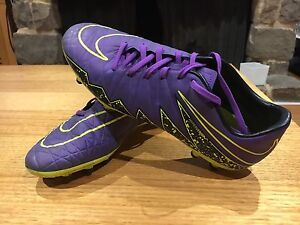 Soccer boots Newport Pittwater Area Preview