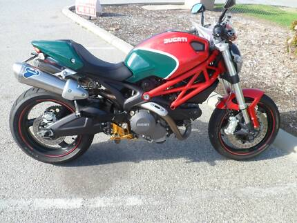 DUCATI MONSTER  696 ISLE OF MAN EDITION. Port Kennedy Rockingham Area Preview