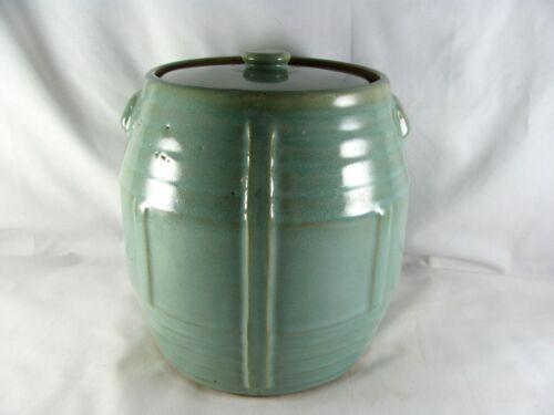 Zanesville Stoneware Pottery Seacrest Green Barrel Cookie Jar, Country Fare, vtg