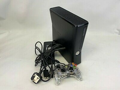 Microsoft Xbox 360 Slim - 4GB Black Console (PAL) 1 Wired Pad #209095b