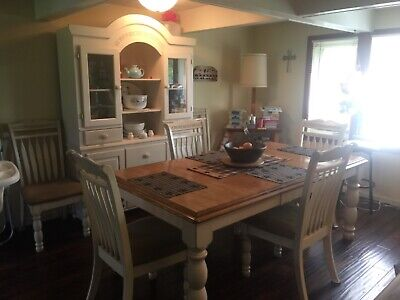 Country cottage buffet and hutch