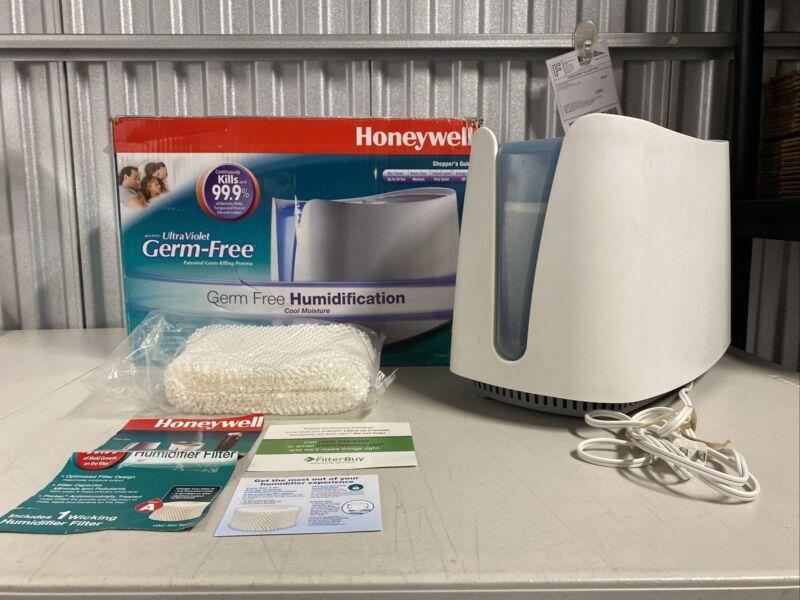 Honeywell UV Cool Moisture Germ Free Humidifier, HCM-350