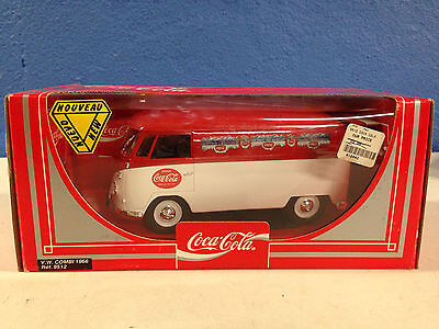 COCA COLA VW BUS COMBI NEW IN THE UNOPENED BOX 1:18 Diecast