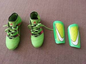 For Sale Size 8 US  Adidas 16.3 Soccer Boots + Nike Shin Pads (M) Gympie Gympie Area Preview