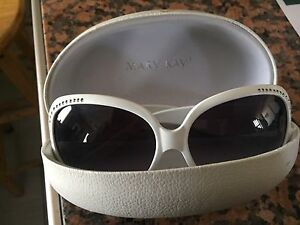 Mary Kay sunglasses