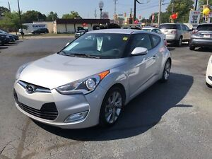 2016 Hyundai Veloster SE - REAR VIEW CAMERA, HEATED SEATS!
