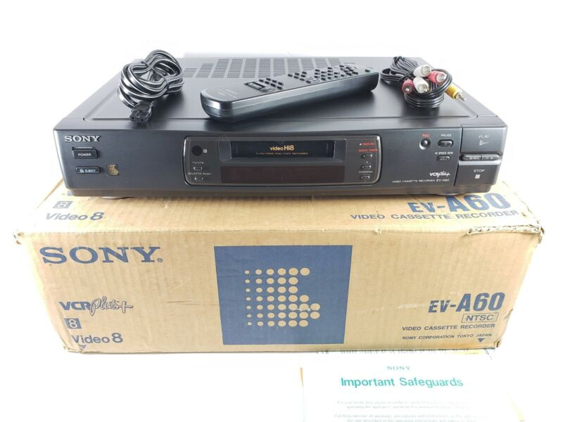 Sony EV-A60 Video8 8mm Video 8 HiFi Player Recorder VCR Deck w/ Remote *READ*