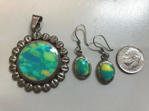 STERLING VTG MEXICAN TURQUOISE / YELLOW ART GLASS ROUND PENDANT & MATCH EARRINGS