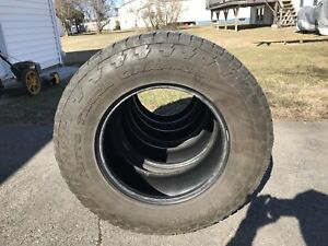 "265/70r17"" tires"