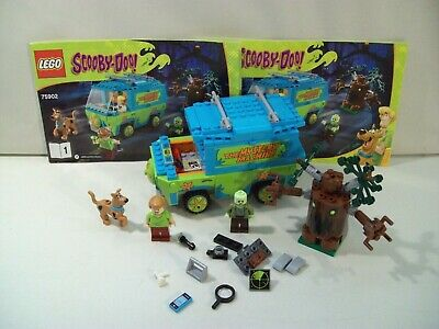 LEGO SCOOBY DOO MACHINE VAN SET #75902 WITH BOOKS MINIFIGS NOT COMPLETE