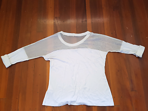 Mesh white 3/4 ladies top Brisbane City Brisbane North West Preview