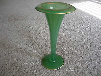 OPAQUE GREEN BLOWN GLASS TULIP VASE/ ART NOUVEAU/ CIRCA 1900