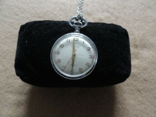 Mechanical Wind Up Swiss Made Avalon Deluxe 17 Jewels Necklace Pendant Watch