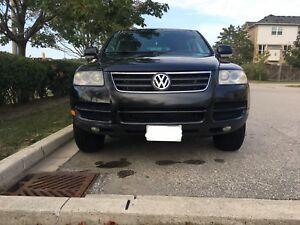 2007 Volkswagen Touareg V6 4X4 /Sunroof/leather