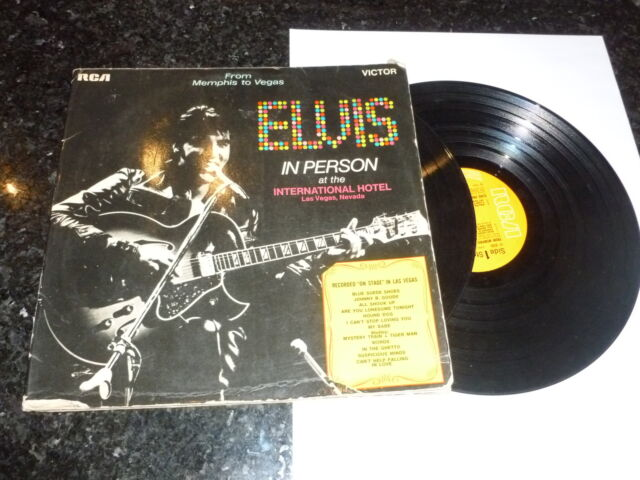 ELVIS PRESLEY - From Memphis To Vegas / From Vegas To Memphis - 1970 UK 22-track
