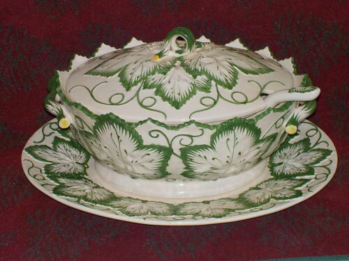 OLFAIRE COVERED CABBAGE LARGE SOUP TUREEN WITH LADLE AND UNDERPLATE PORTUGAL