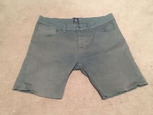Zanerobe men's shorts - size 36 North Manly Manly Area Preview