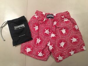 **BRAND NEW VILEBREQUIN MENS MEDIUM SHORTS**