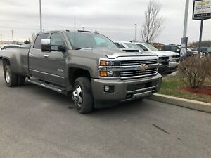 2017 Chevrolet SILVERADO 3500HD High Country-ROUES DOUBLE-DIESEL