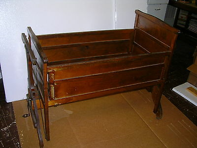 """""""RARE FIND""""1920s AUTOMATIC CRADLE, """"LULLABYE FURNITURE MFG.CO"""".STEVENS POINT WIS."""