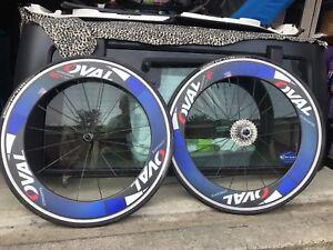 Carbon clincher road wheelset