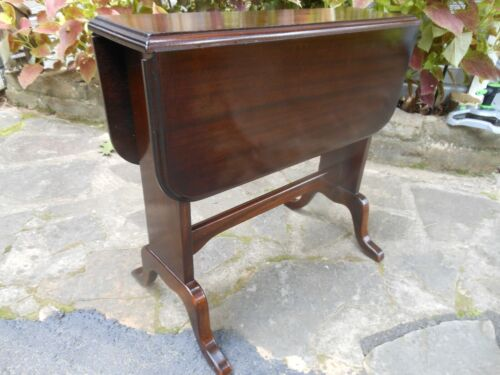 Wonderful Old Solid Mahogany Double Drop Leaf Twist Top Table From England