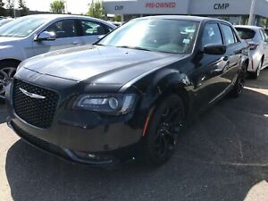 2019 Chrysler 300 S | Leather | Sunroof | HTD Seats