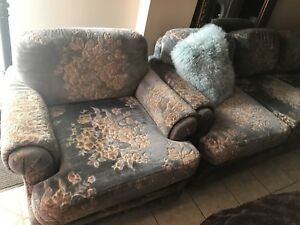 Vintage Chenille Sofa & Chair in Amazing Condition!