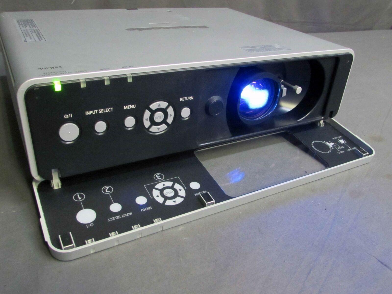 Panasonic pt-fw300u wxga vidéo projecteur