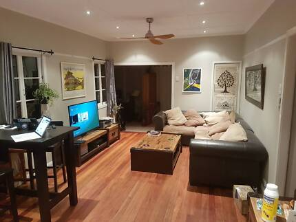 House share - one room available