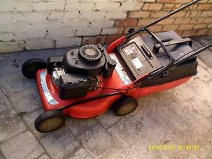 rover lawn mower runs good Greenmount Mundaring Area Preview