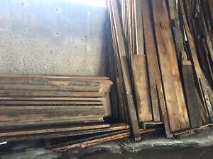 Vieux bois de Maison