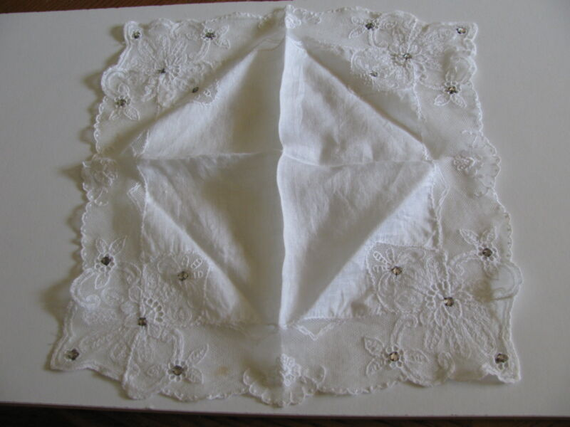 ANTIQUE VTG.BRIDAL EMBROIDERED LACE RHINESTONES LADIES HANKERCHIEF HANKY HANKIE