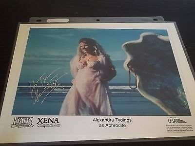 Alexandra Tydings as APHRODITE signed 8X10 PHOTO HERCULES+XENA CELEBRITY SLEUTH