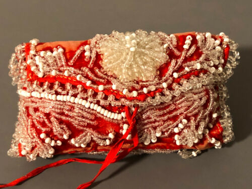 ANTIQUE VICTORIAN BEADED SEWING ROLLUP PIN CUSHION SILK VELVET WOOL NEEDLE BOOK
