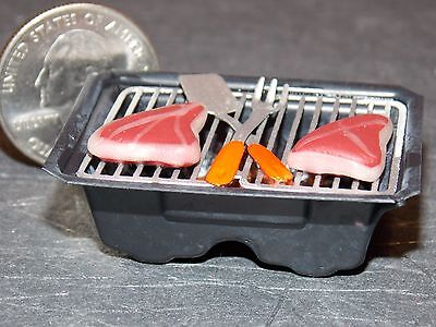 Dollhouse Miniature Grill Hibachi Steaks D 1:12 inch scale Dollys Gallery F20A