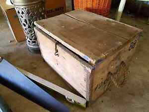 Rustic vintage wooden trunk with rope handles Joyner Pine Rivers Area Preview