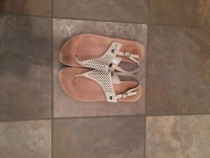 UGG sandle size 10 only
