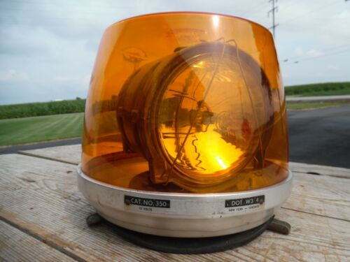 Vintage Signal Stat Rotating Beacon Light Model 350 Amber WORKS GREAT NEEDS DOME