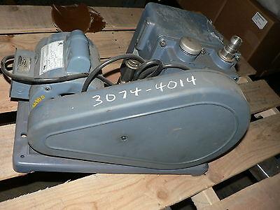 Sargent-welch Duoseal Vacuum Pump 1402 2.1 Cfm Nos