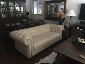 Tufted Leather Chesterfield/Couch