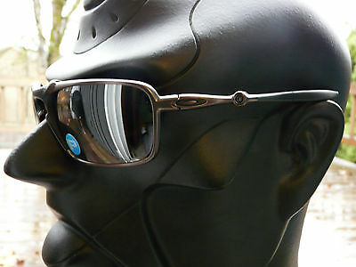 NEW! OAKLEY BADMAN Sunglasses Pewter / Tungsten Iridium Polarized OO6020-02