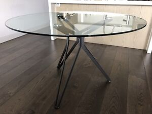 Glass Dining Table 4-6 seater