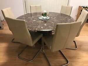 Dining chairs Prestons Liverpool Area Preview